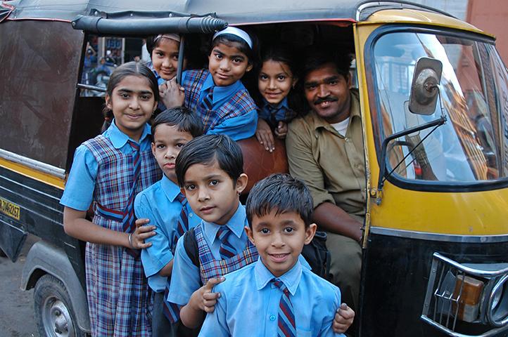 04-India-escolares